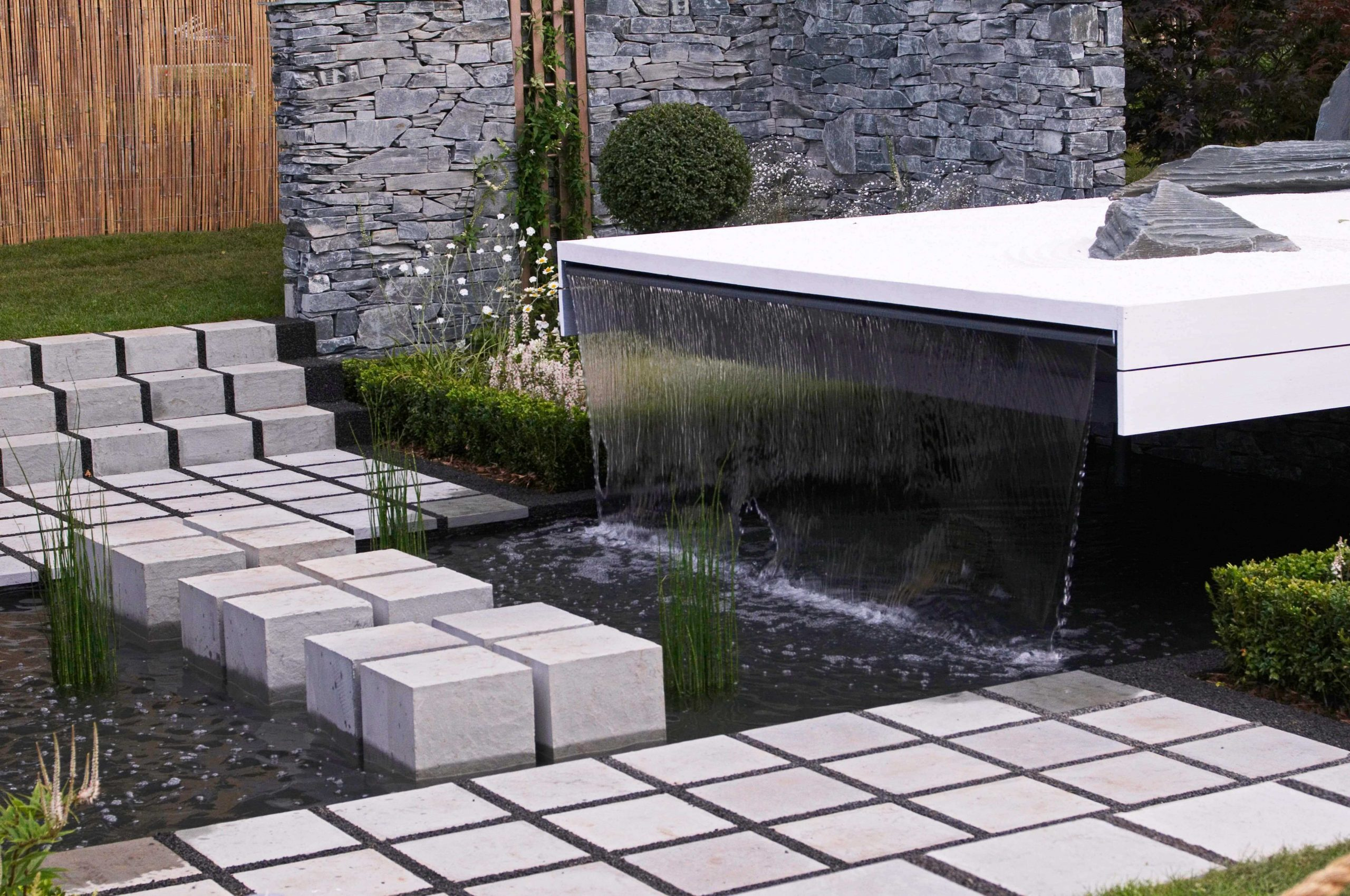Garden Water Feature And Fountains Installation Company Epsom KT19